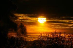 the-sun-1433277-m