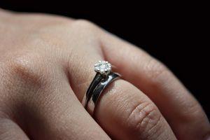 engagement-1224943-m